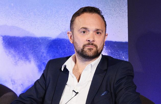 Damon Westbury è il direttore commerciale di Ebx
