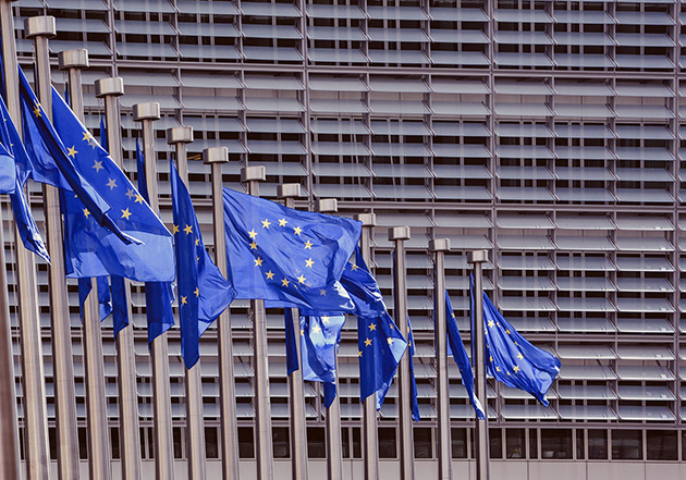 L'antitrust UE contro due colossi USA