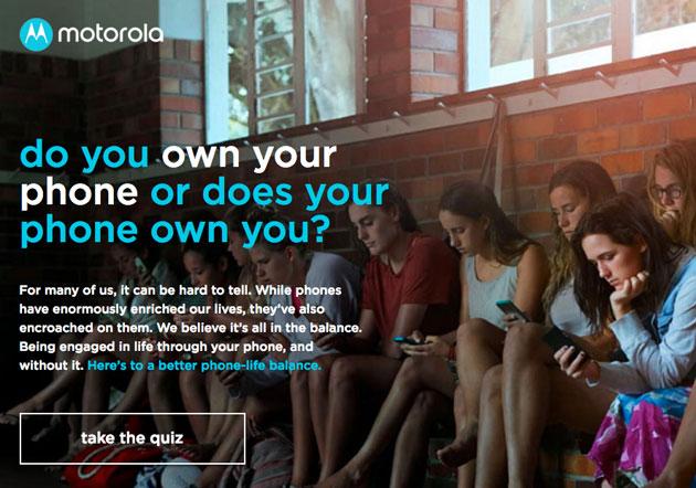 Motorola si interroga sulla dipendenza da smartphone
