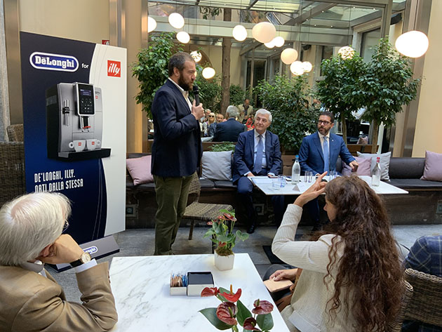Nasce De'Longhi for illy