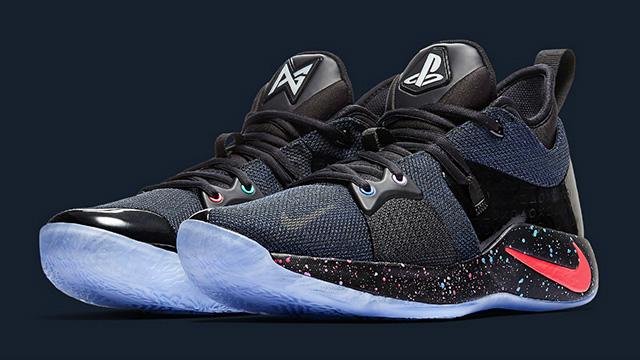 PlayStation con Nike per un nuovo modello di sneaker
