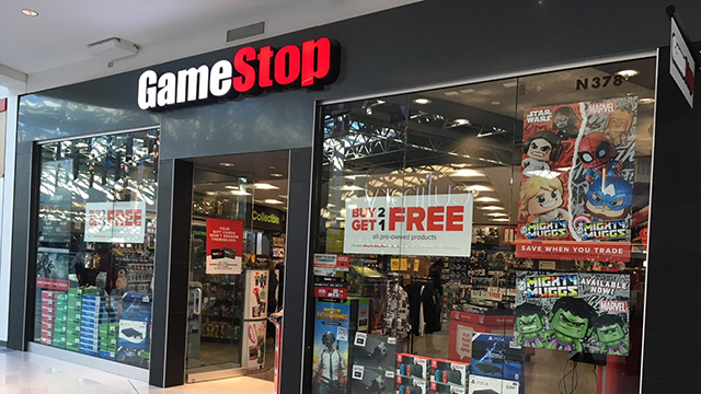Riaprono i primi negozi GameStop