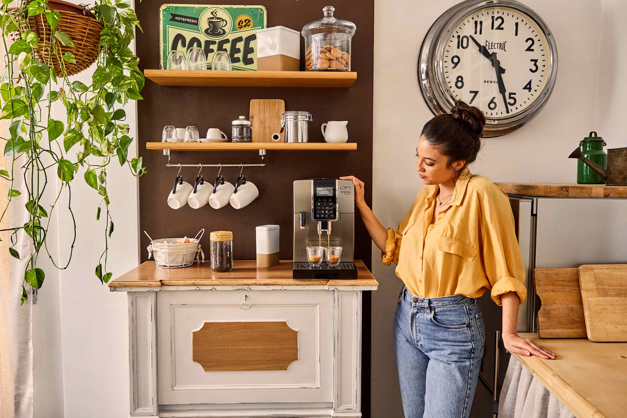 De' Longhi: gli italiani amano il caffè fatto in casa