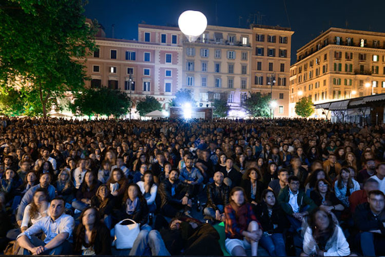 Franceschini, sostegno da 10 milioni di euro per i cinema all'aperto